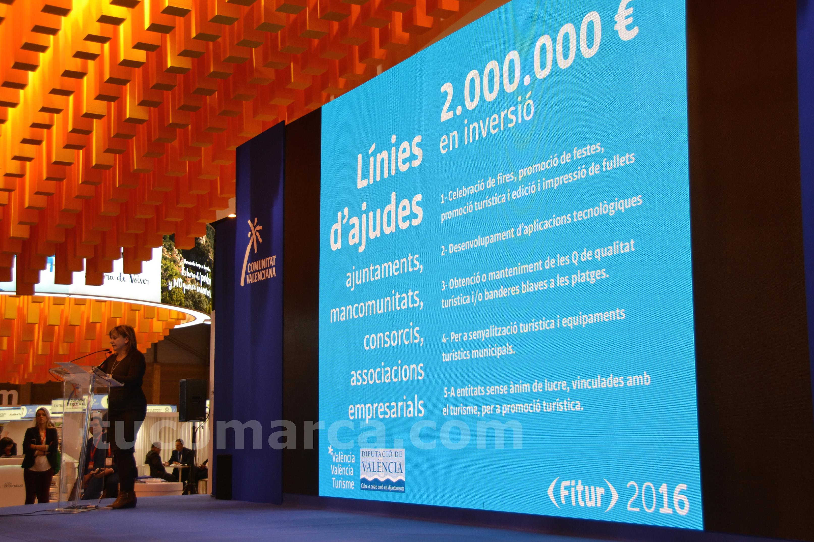 La Diputada de Turismo, Pilar Moncho, durante la presentación de las medidas.