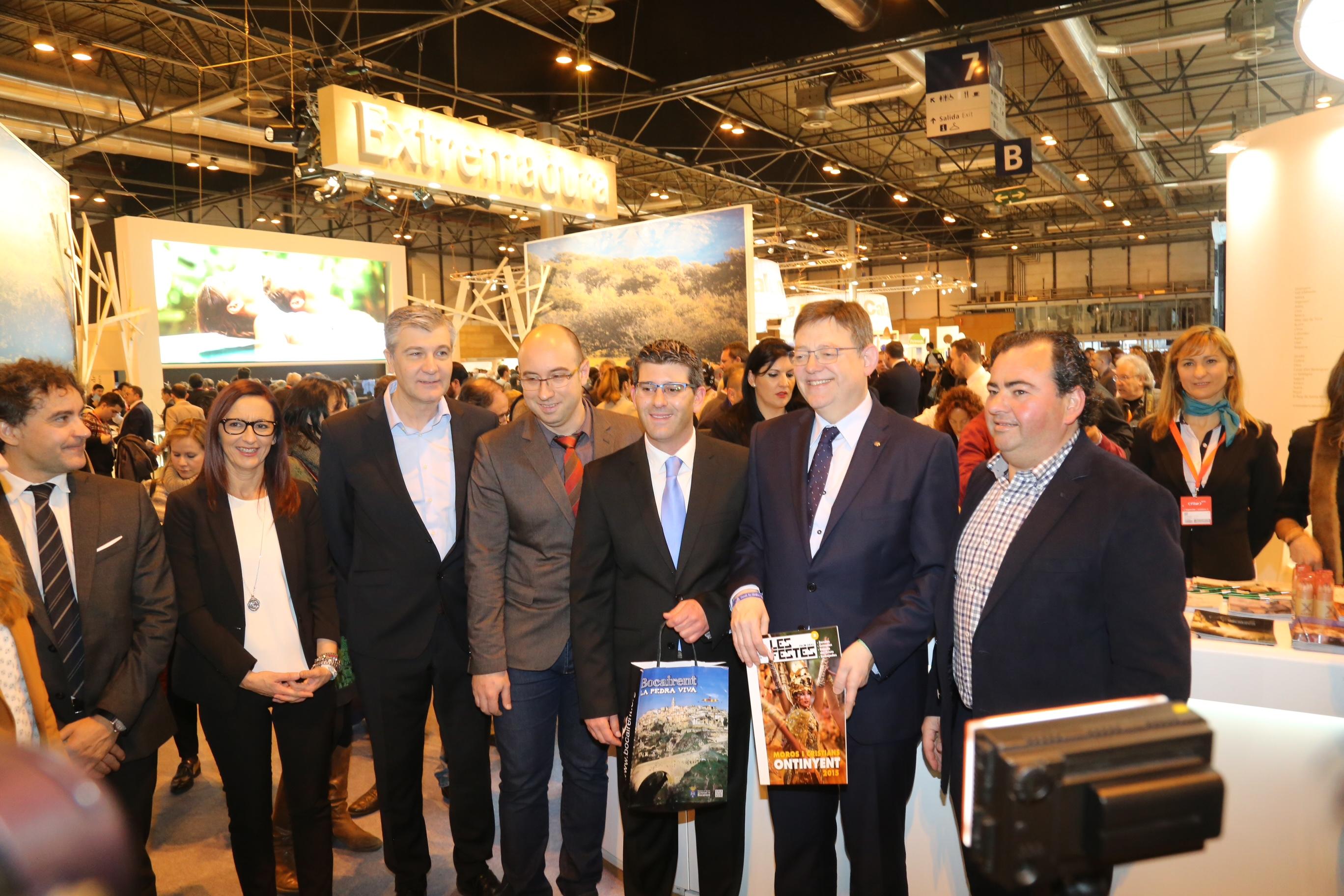 El President de la Generalitat ha estado acompañado por el presidente de la Diputación y por la vicepresidenta del estamento comarcal.