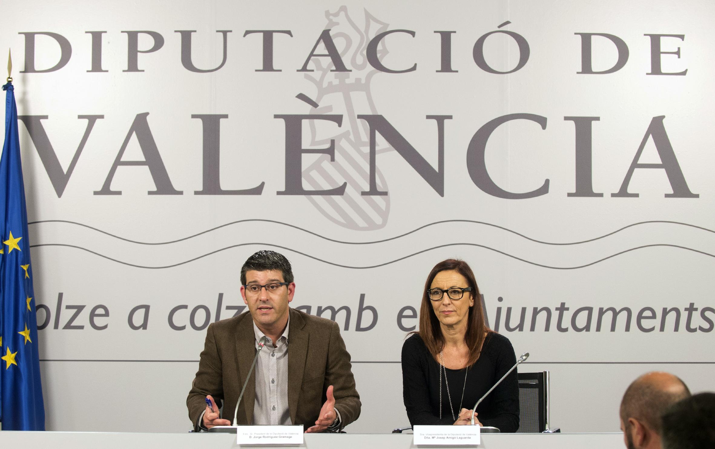El presidente, Jorge Rodríguez, junto a la vicepresidenta, Maria Josep Amigó.