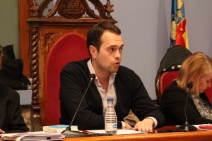 El alcalde de Cheste, José Morell, en una sesión plenaria del consistorio.