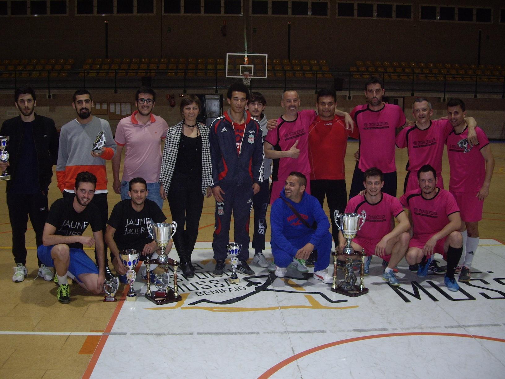 Lliurament de trofeus de la 24 edició de la Lliga Futbol Sala Benifaió.