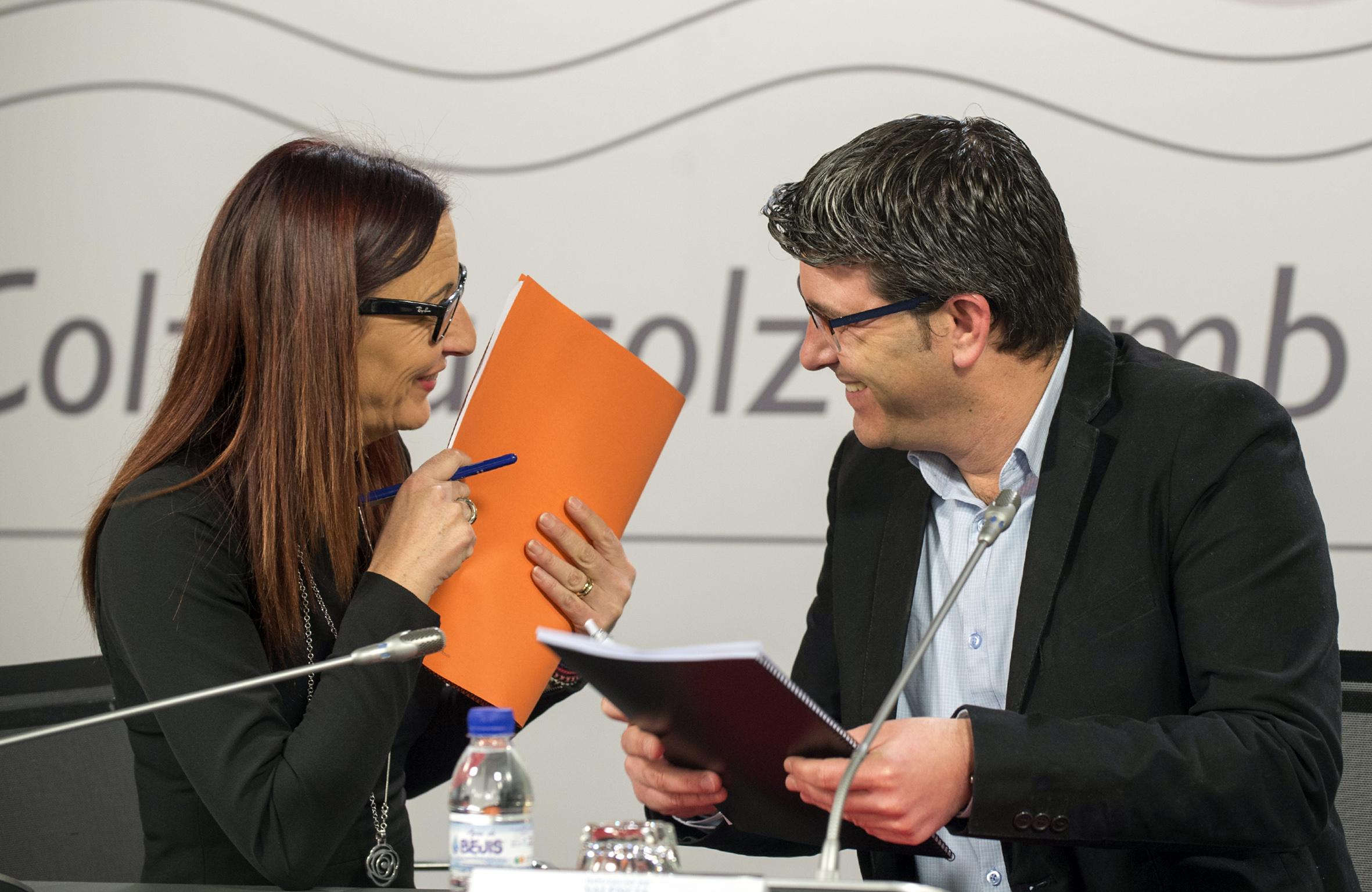 La Vicepresidenta de la Diputación de Valencia y el Presidente del estamento provincial.