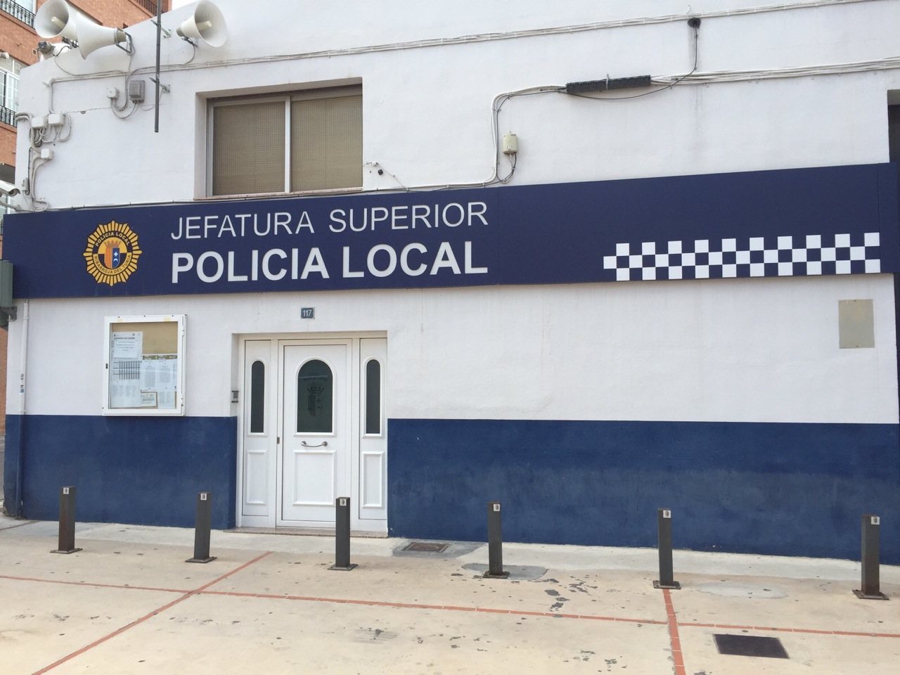 Retén de la Policía Local de Riba-roja.