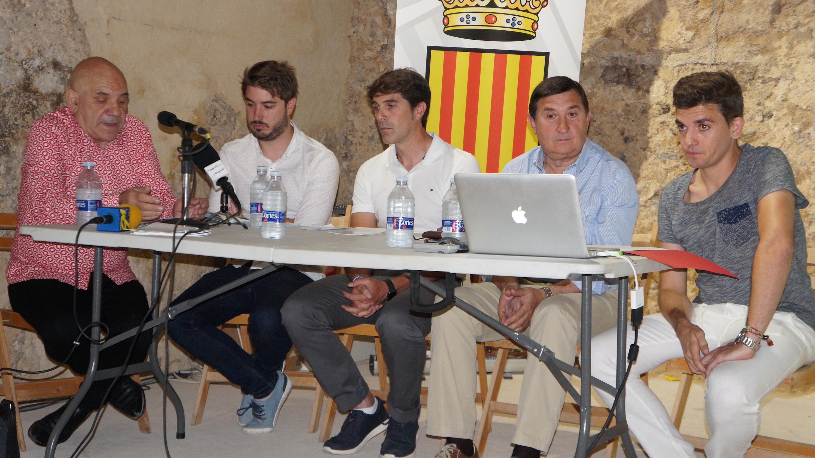 Participantes en la presentación de la Bienal de Música de Buñol que se desarrolla durante todo el mes de julio.