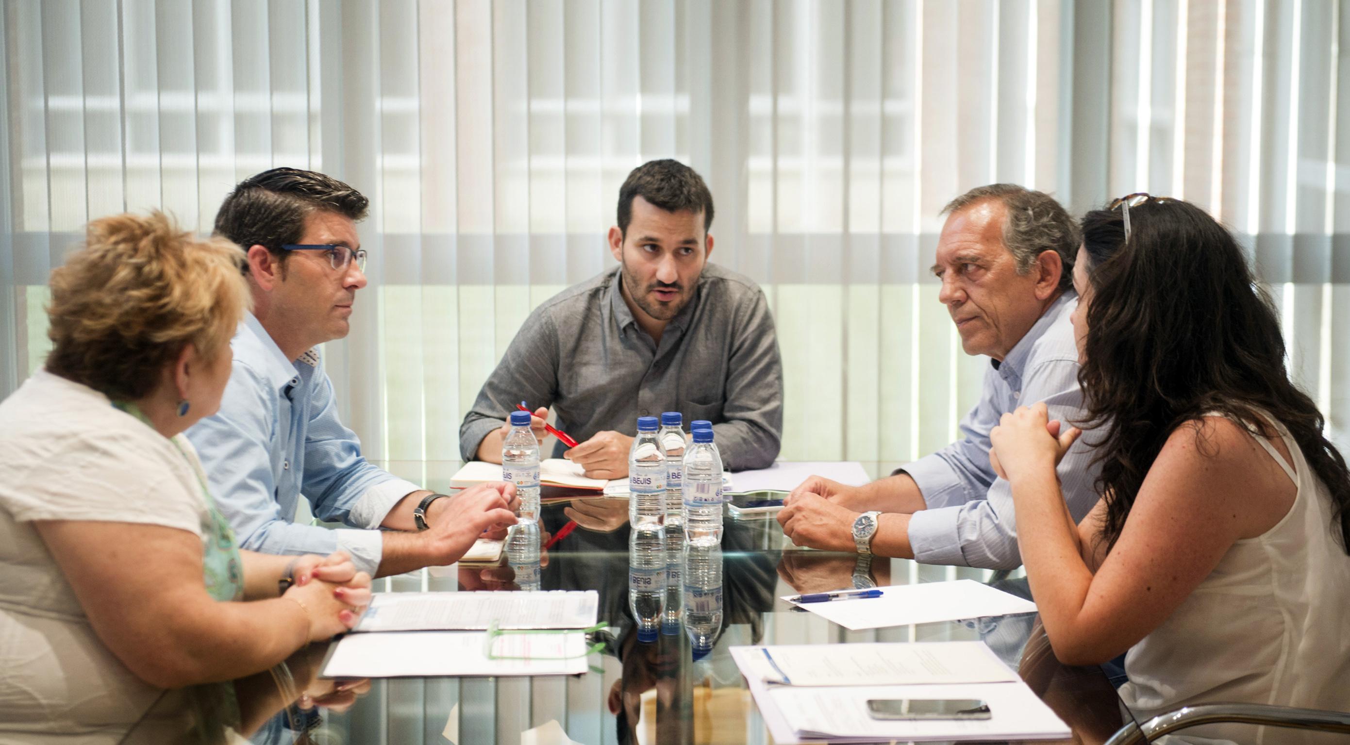 El presidente de la Diputación, Jorge Rodríguez, con el Consellera de Educación Vicent Marzà.
