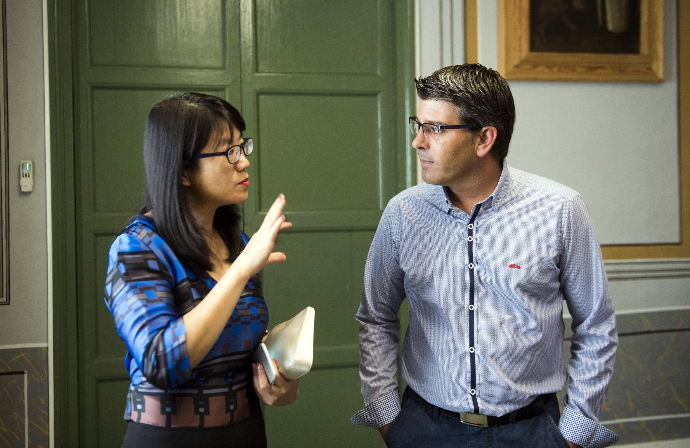 Lay Hoon Chan con el presidente de la Diputación, Jorge Rodríguez.