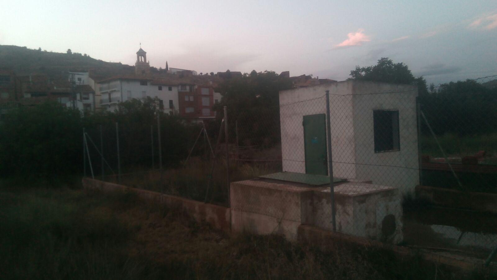 La Diputación concede una ayuda al Ayuntamiento de Casas Bajas para financiar la sustitución de la bomba del pozo.