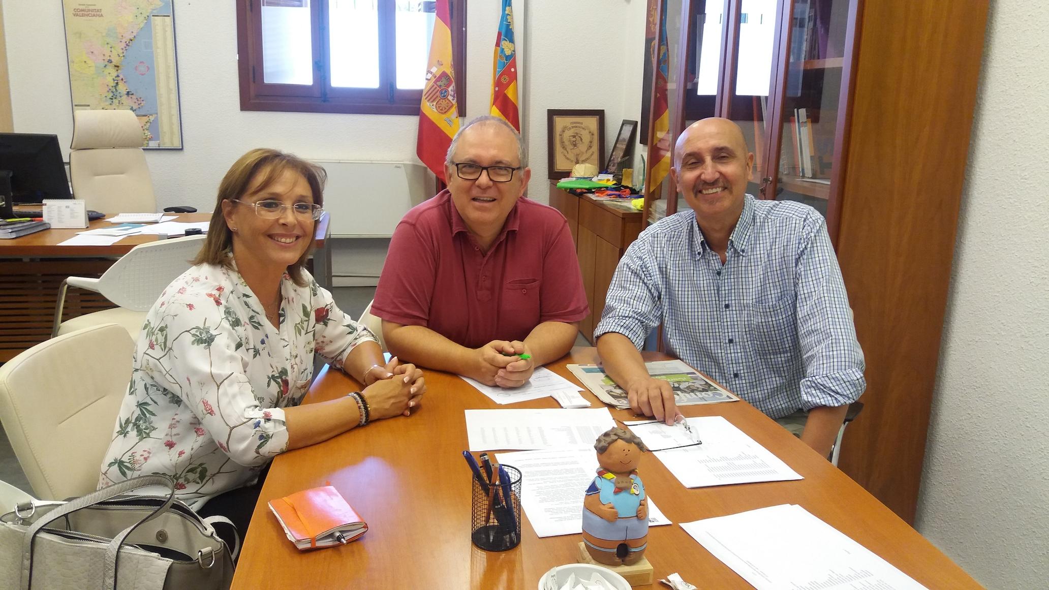El IVAJ y la Mancomunitat Camp de Turia abordan los servicios de la Xarxa Jove.