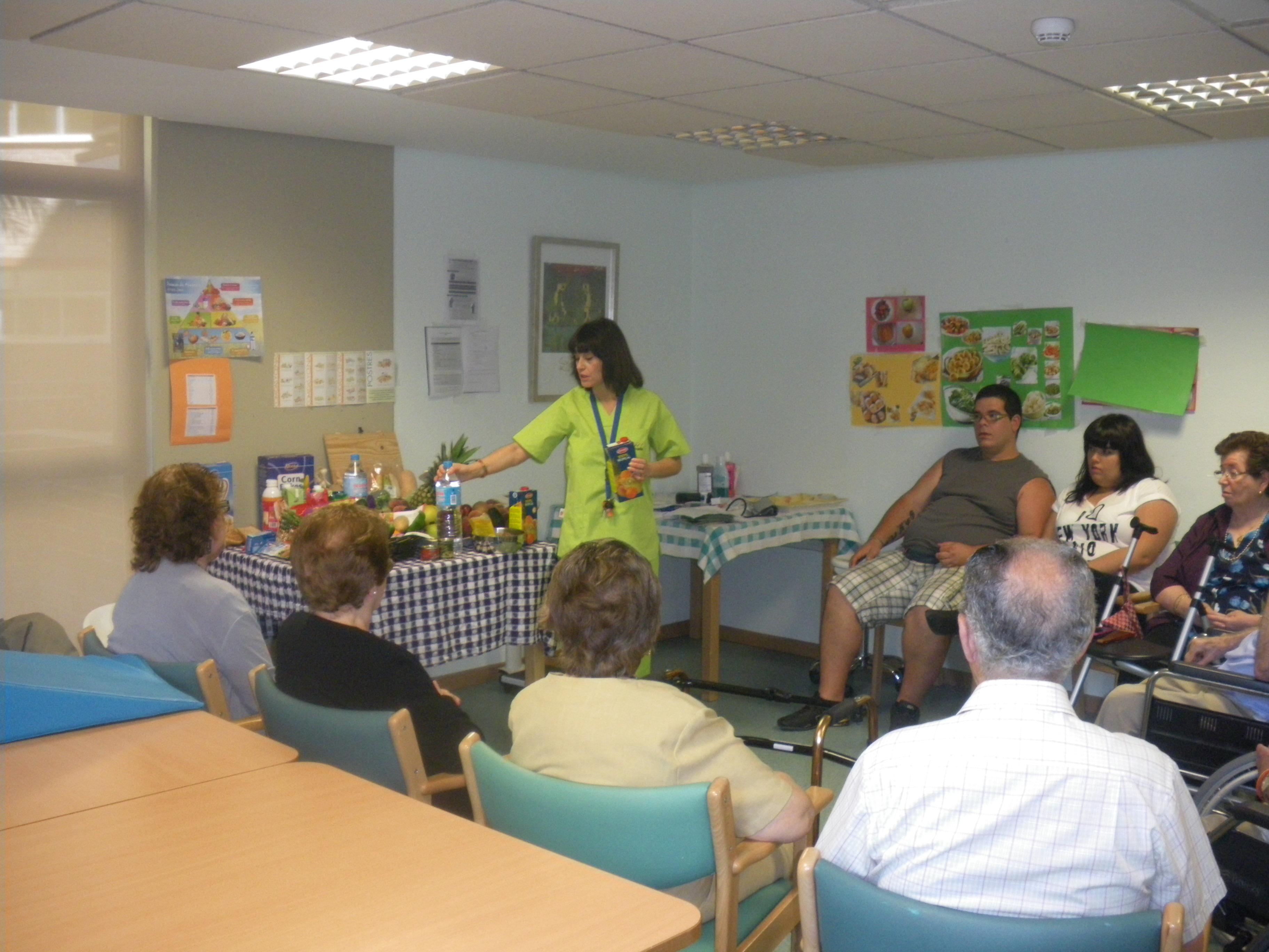 El C.D. Carlet de personas mayores dependientes ofrece formación a las familias.