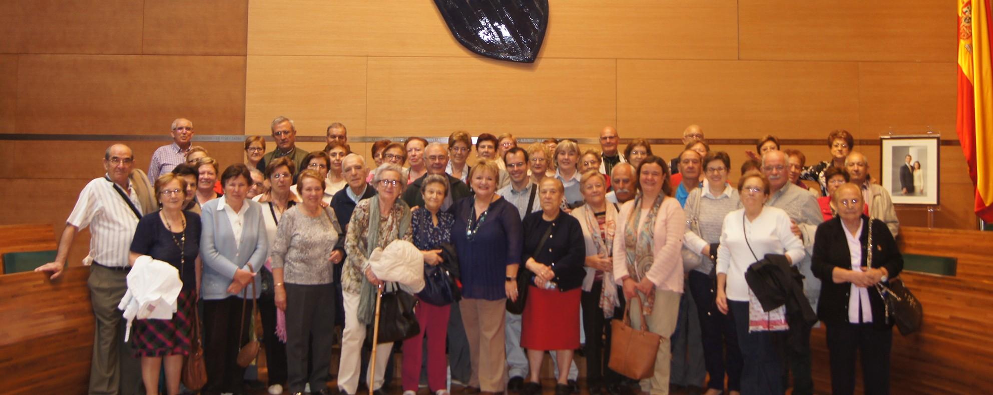 Los vecinos de Chulilla durante su visita a la Diputación de Valencia.