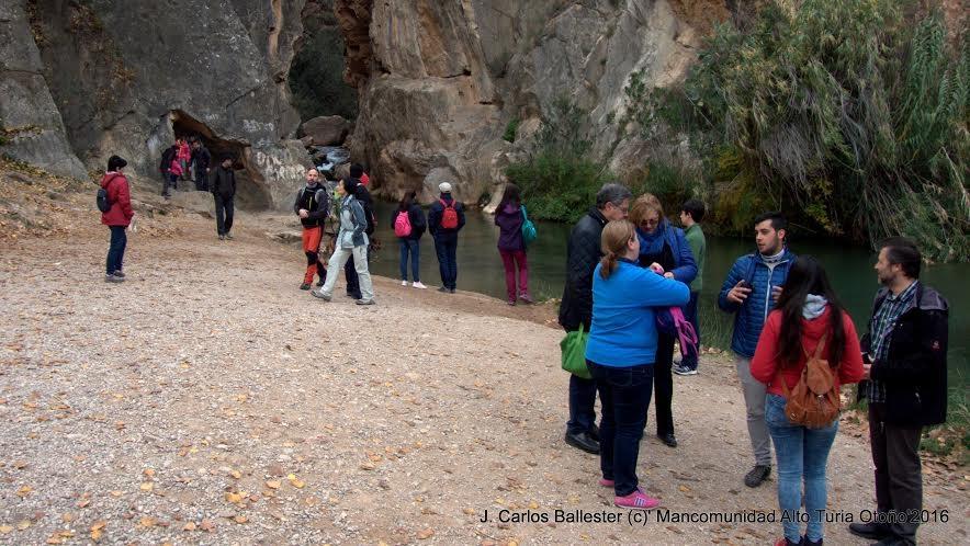 La visita guiada que se va a hacer este fin de semana en el Alto Turia. fotos: Juan Carlos Ballester.