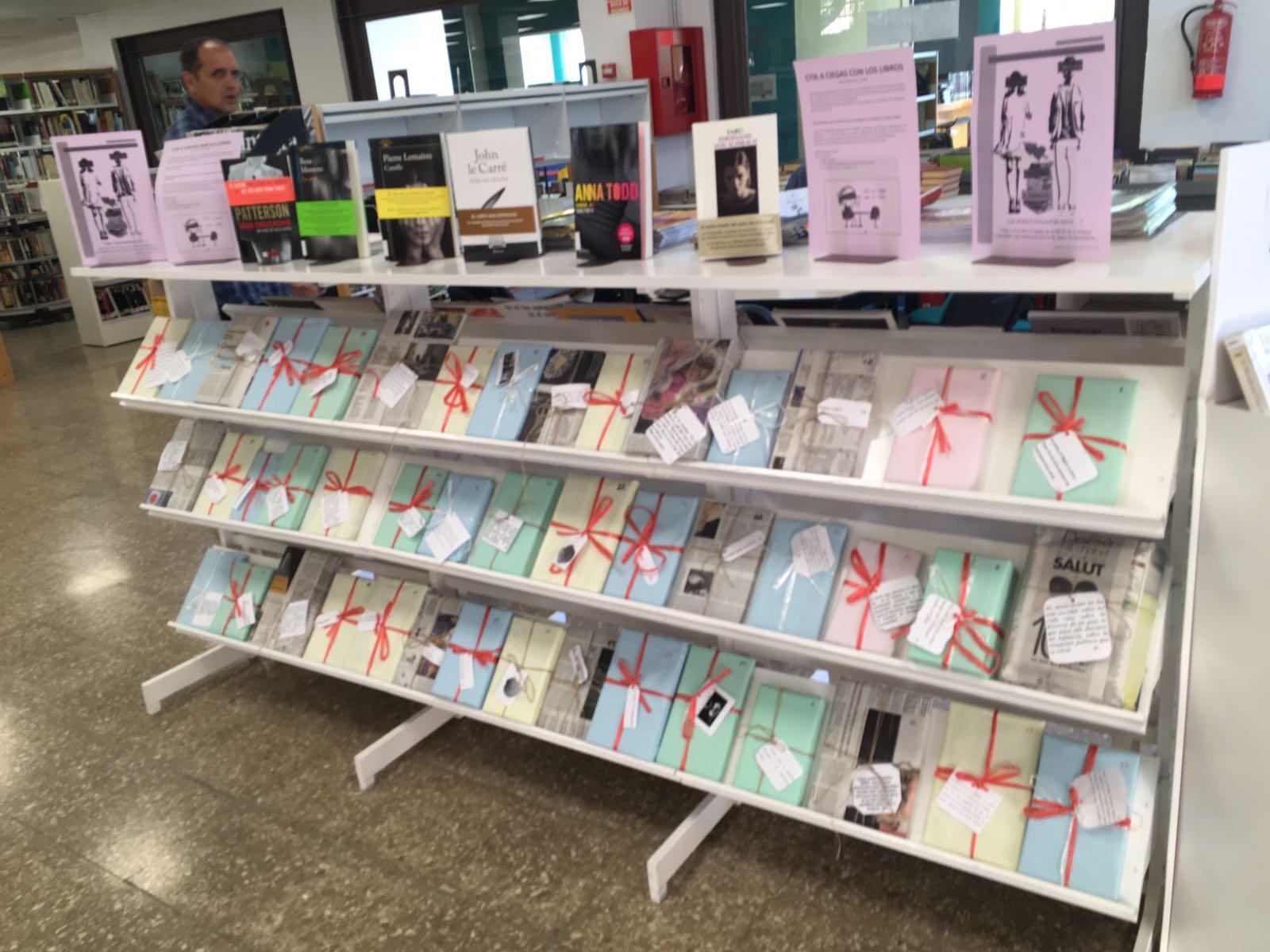 Además, la Biblioteca publica su habitual guía de libros y películas relacionados con la navidad y continúa su labor de animación lectora dirigida a los más pequeños.