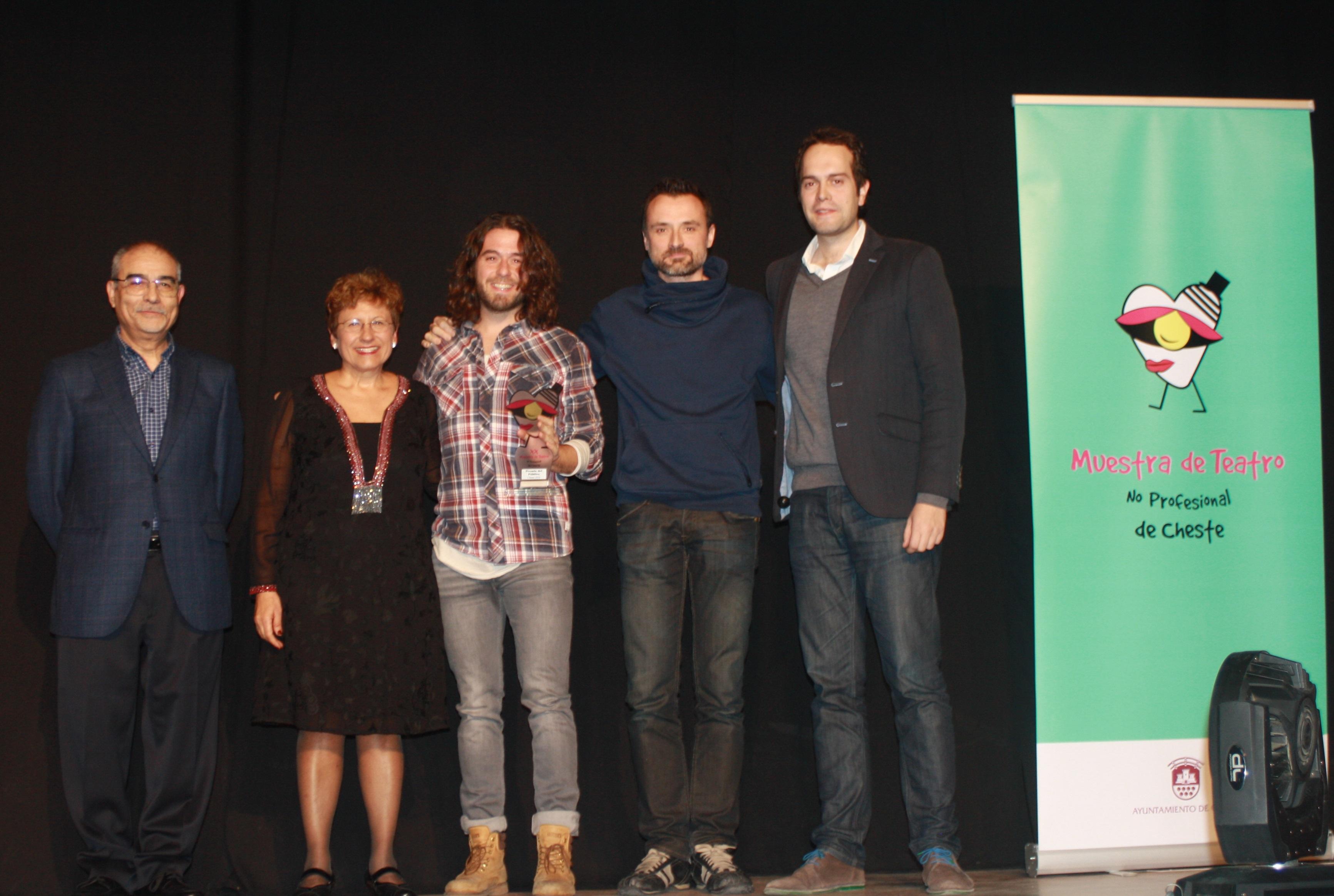 """La compañía aragonesa Teatropello Teatro fue la gran ganadora con tres de los premios, por su obra """"¿Quién dijo miedo?""""."""