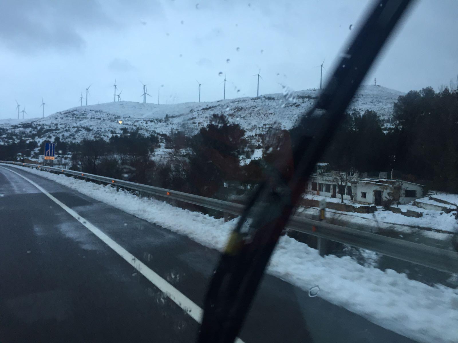 Una imagen de la sierra de La Cabrera, en el término municipal de Buñol y junto al viaducto del Portillo, captada esta mañana. C. Hortelano.