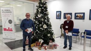 El Hospital ha entregado el donativo a las oenegés Cáritas Diocesana de Manises y Buñol y del Banco de Alimentos del barrio del Cristo.