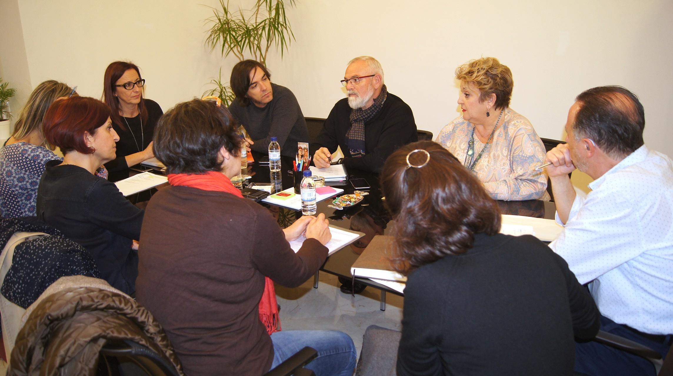 María José Amigó y Mercedes Berenguer durante la reunión con representantes de la Conselleria de Igualdad y Políticas Inclusivas.