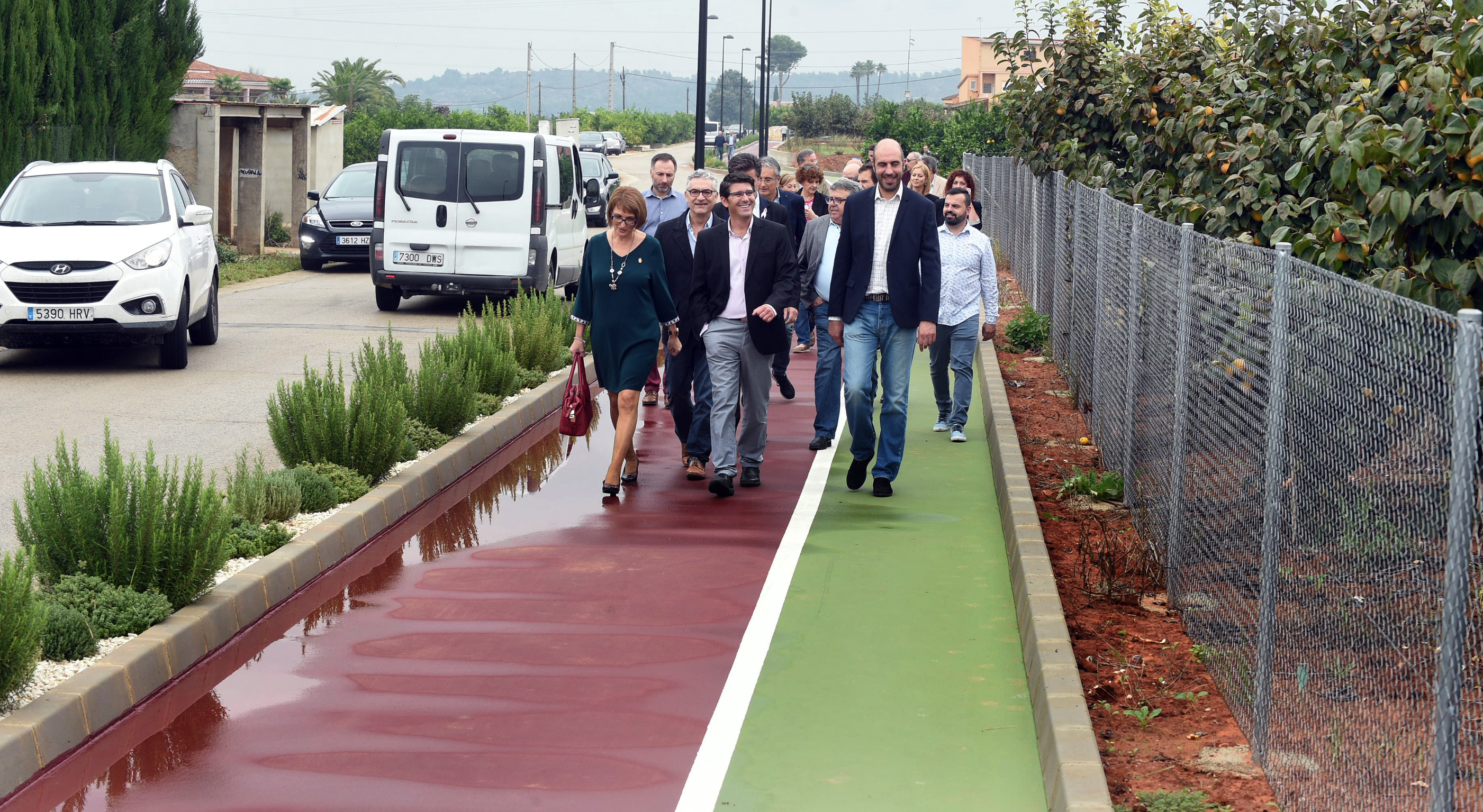 """El diputado de Carreteras, Pablo Seguí, ha destacado que con esta actuación """"se busca poner en valor las vías de comunicación alternativas entre poblaciones, fomentando la movilidad sostenible""""."""
