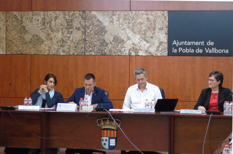 La Pobla reduix el deute dels préstecs en un milió d'euros durant 2016.