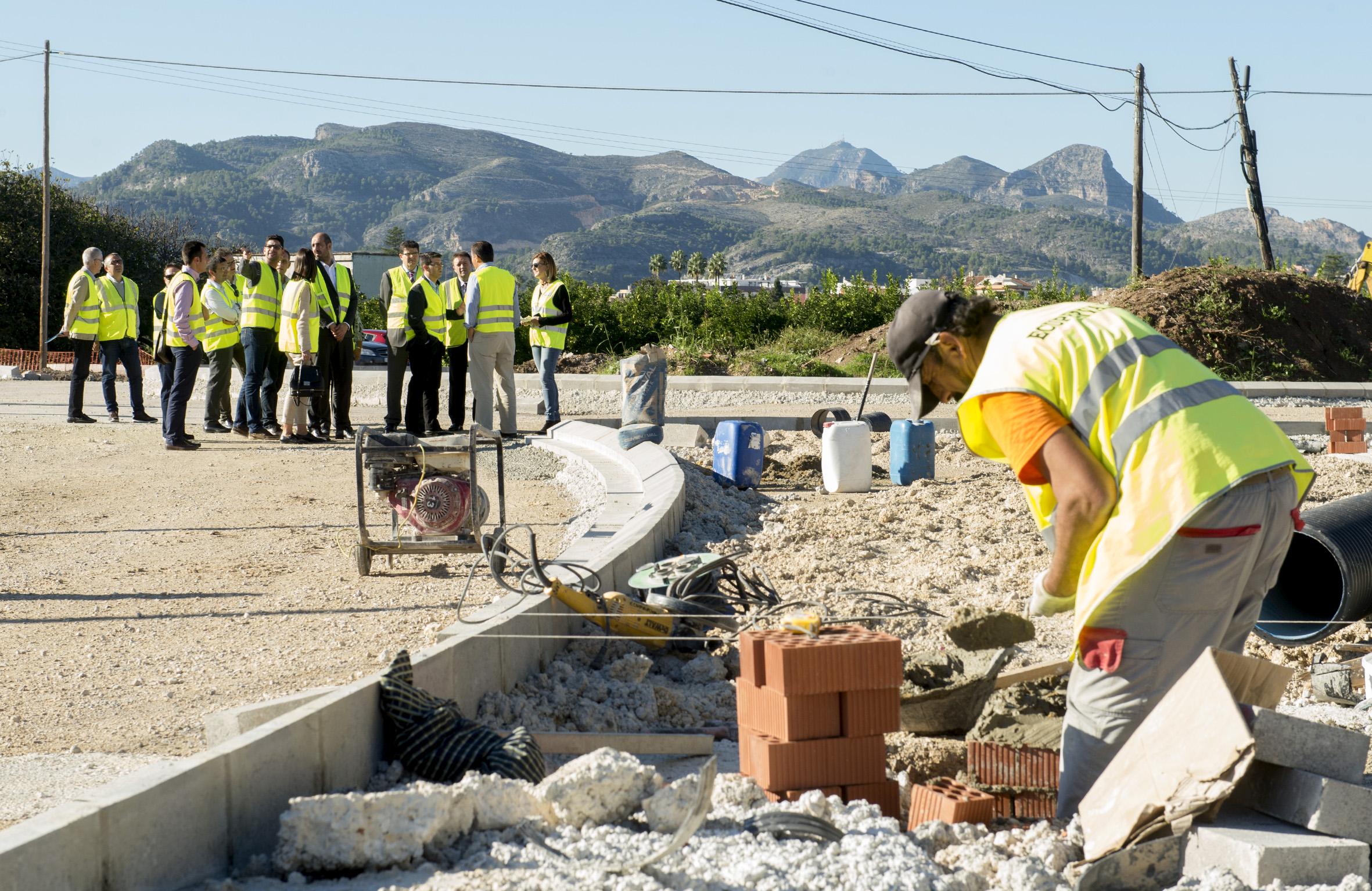 La Diputación de Valencia, a través del área de Carreteras, ha iniciado los trámites para mejorar la intersección que existe actualmente en la CV-405 entre Venta Cabrera y Montserrat.