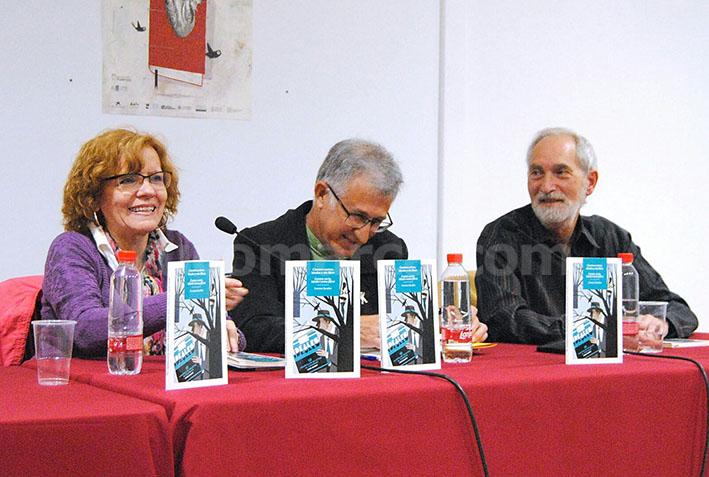 Francesc González acompañado de Anna Ballester y Emilio Tadeo.