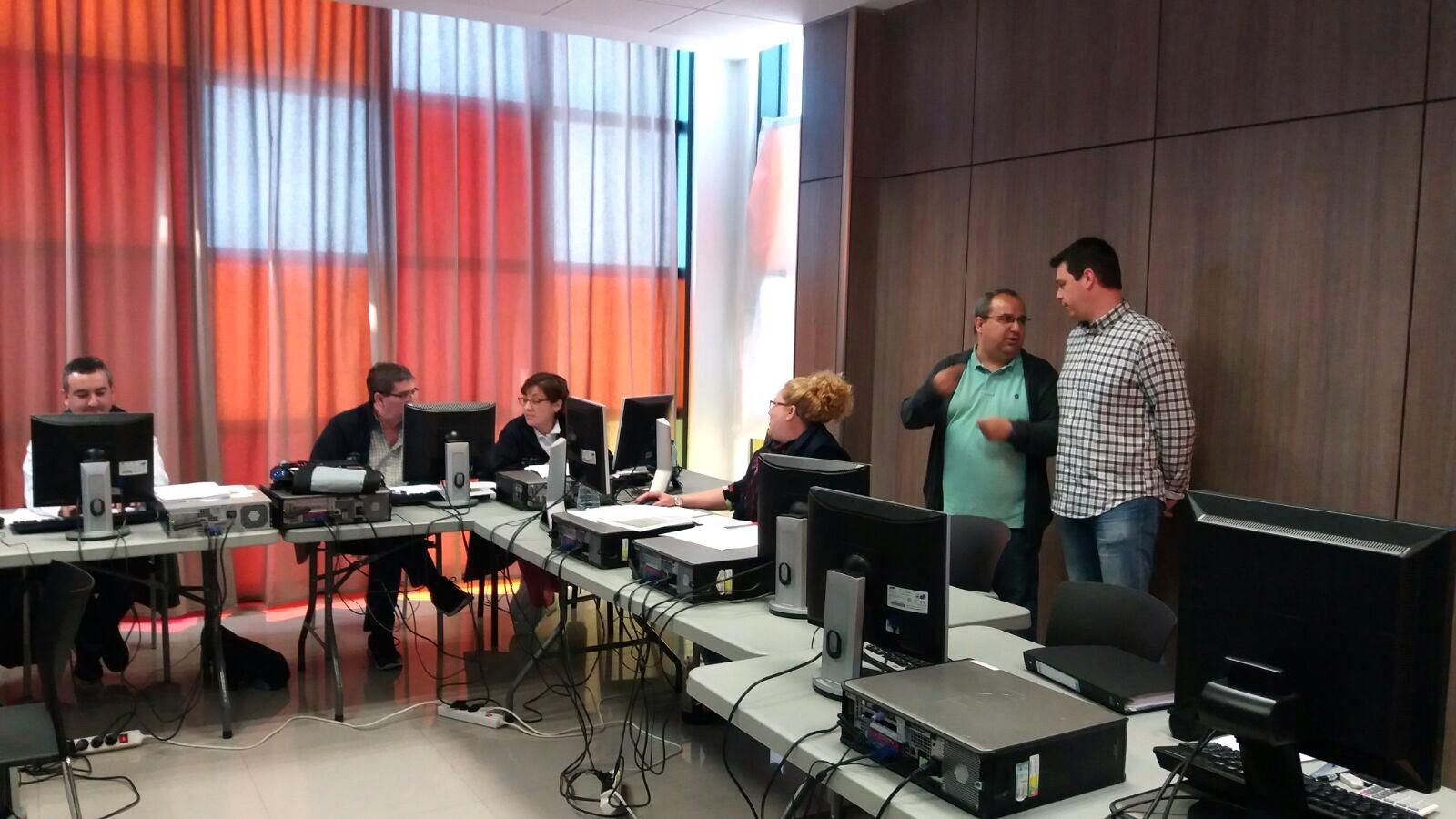 La Diputació de València sufragarà un professor encarregat d'aportar als participants nocions en la gestió de la plataforma de Portals municipals.