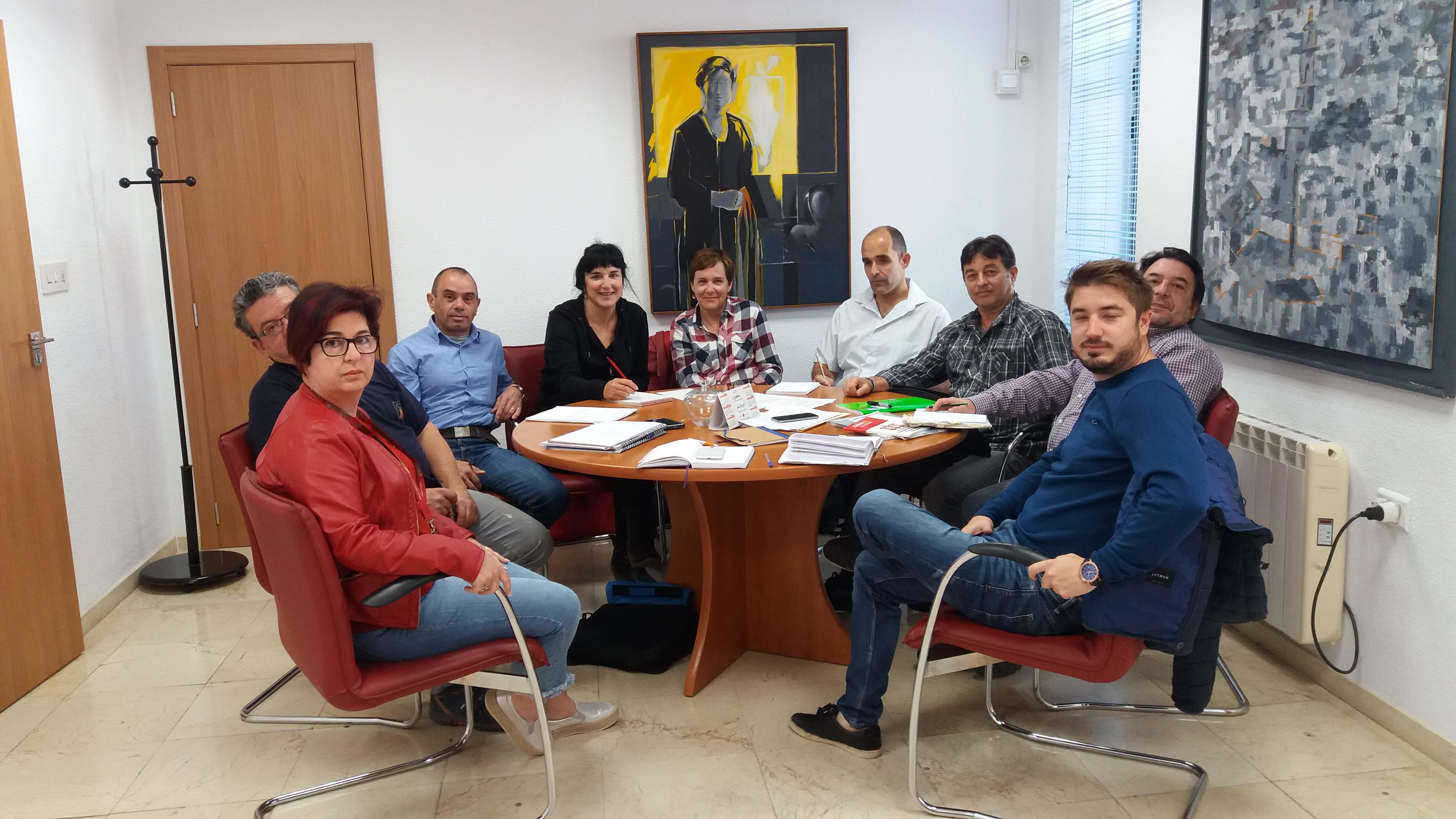 Participantes en la Mesa General de Negociación del Ayuntamiento de Buñol.
