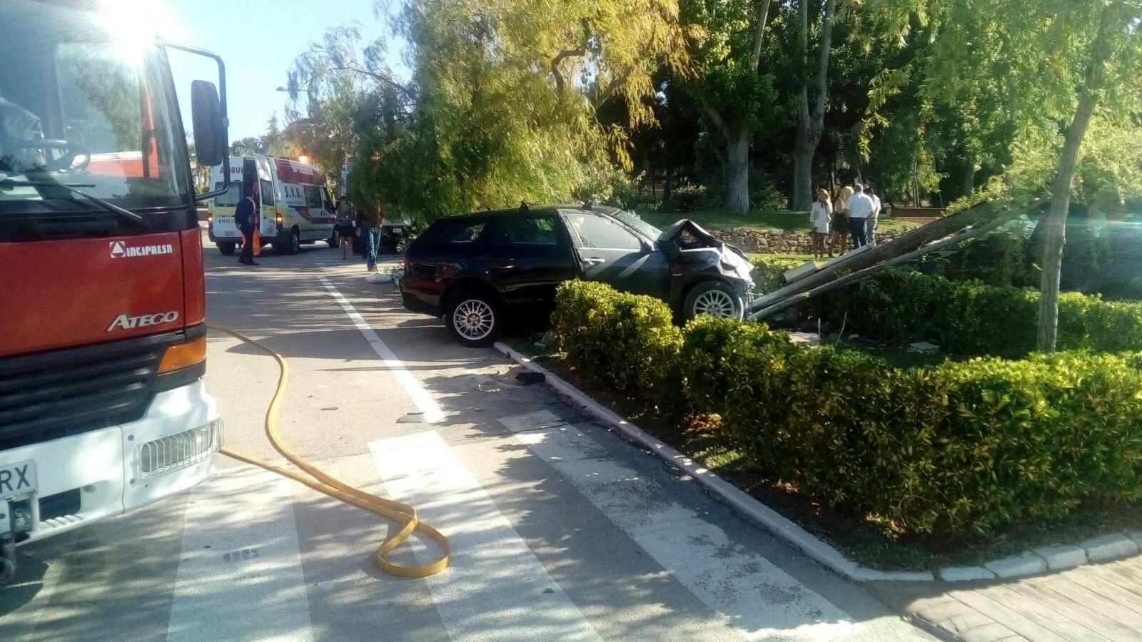 Imagen del accidente facilitada por el Consorcio Provincial de Bomberos.