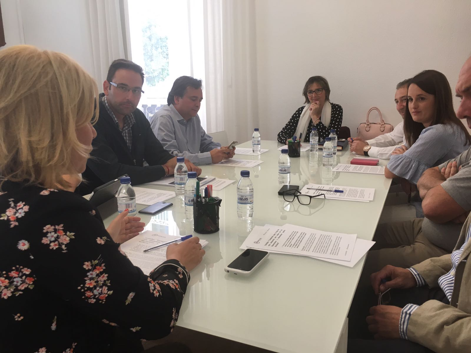 Reunión con la portavoz del Partido Popular en la Diputación de Valencia, Mari Carmen Contelles.