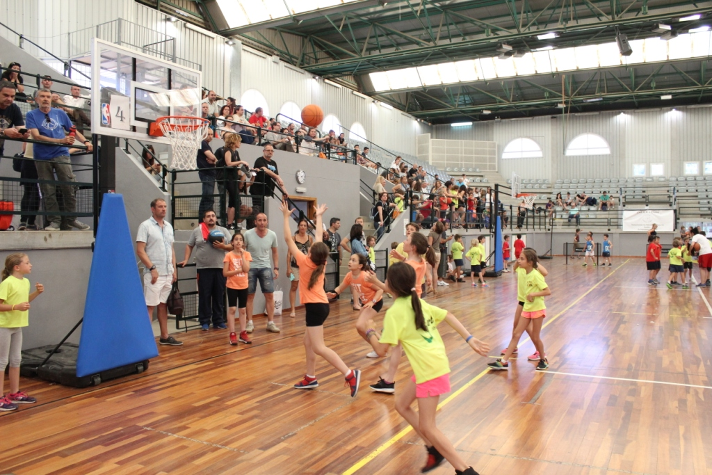 Más de 500 participantes disfrutaron de esta jornada en el Polideportivo Municipal de l'Eliana.