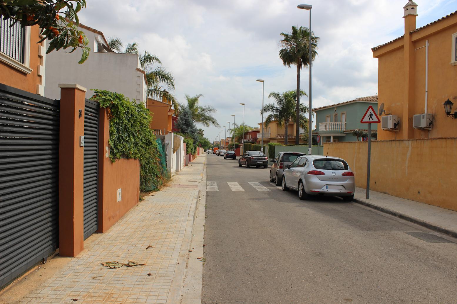 Una imatge del carrer Las Palomas, a La Pobla de Vallbona.