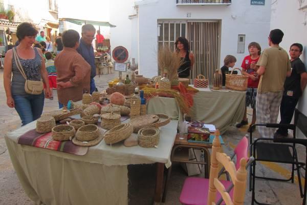 Los interesados en participar en el Mercado Artesanal y Ecológico tienen hasta el 5 de junio para inscribirse.