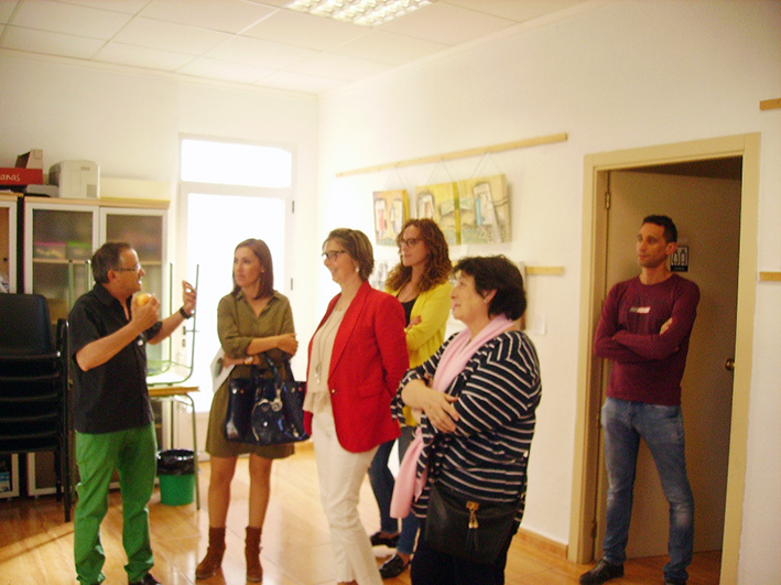 """Exposición del artista plástico de Carcaixent, Pascual Boqueta, denominada """"Un puente Imaginario"""" organizada por la Fundación La Sierra."""