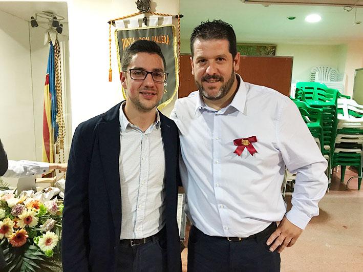 Los presidentes saliente y entrante, Pedro Vallés y Sergio Galarza.