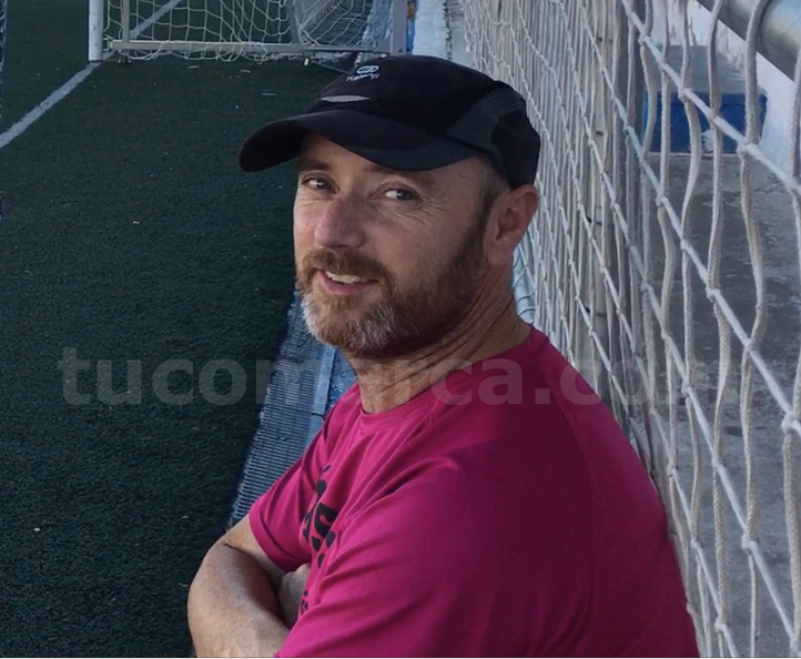 El ex jugador del CD Buñol y actual coordinador de fútbol base del club.