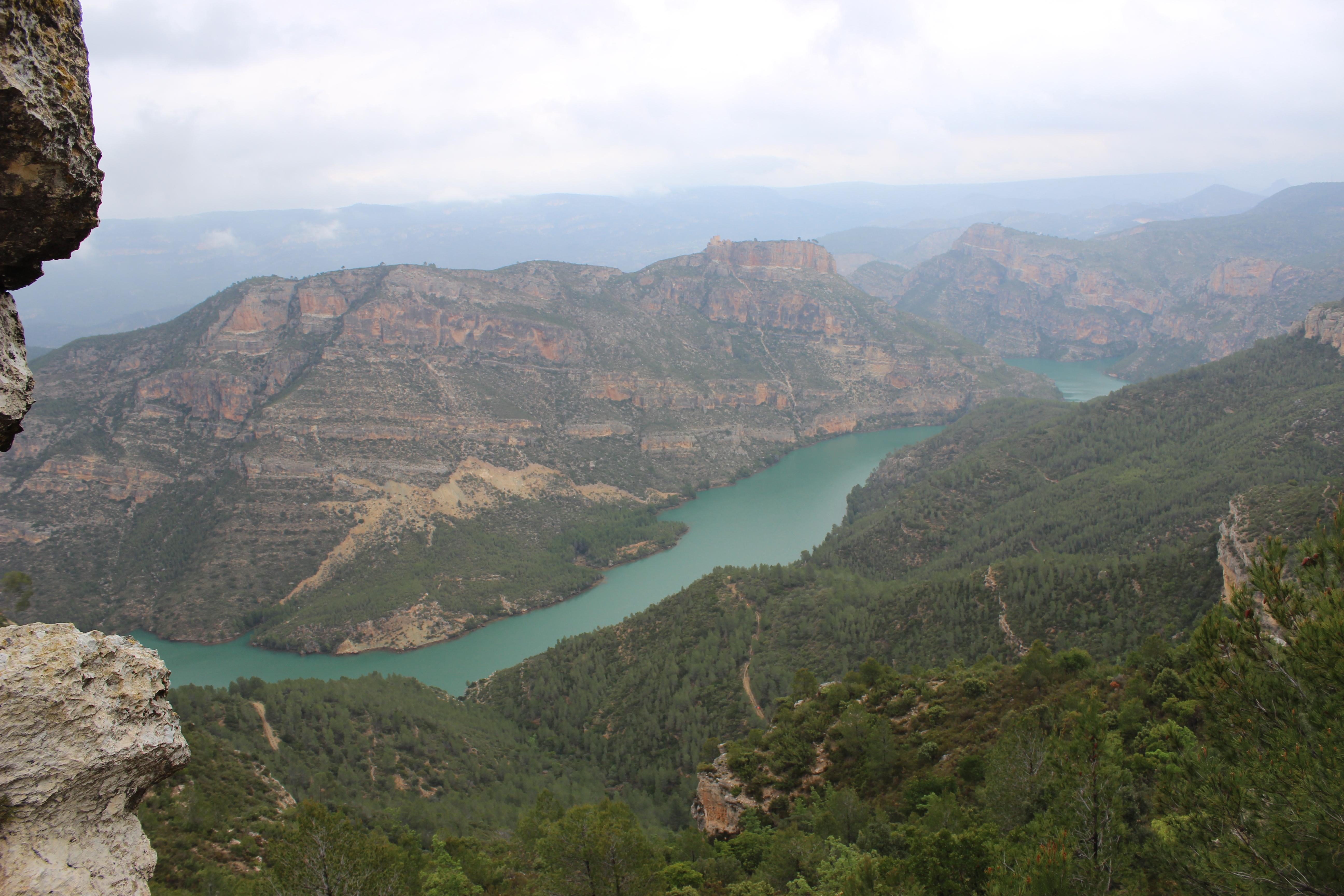 Los recorridos de cada una de las distancias están pensados para que los participantes puedan disfrutar de los maravillosos paisajes de Cortes de Pallás.