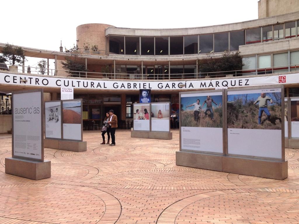 Cinco localidades con un censo inferior a los 2.000 habitantes albergarán Absències i Distàncies, una propuesta del artista Gustavo Germano basada en fotografías de gran formato.