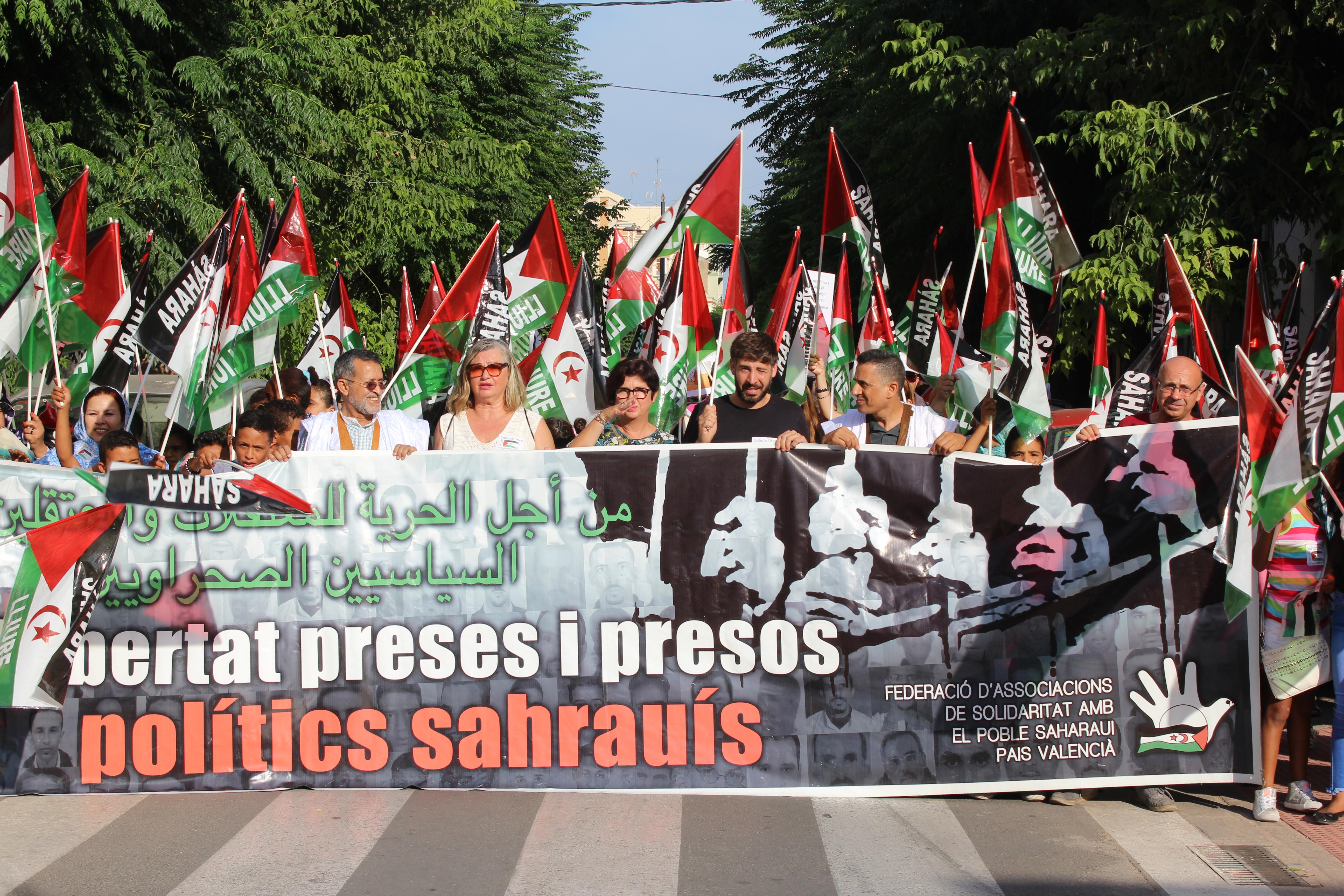 Protesta en apoyo al pueblo saharaui desarrollada en Buñol.