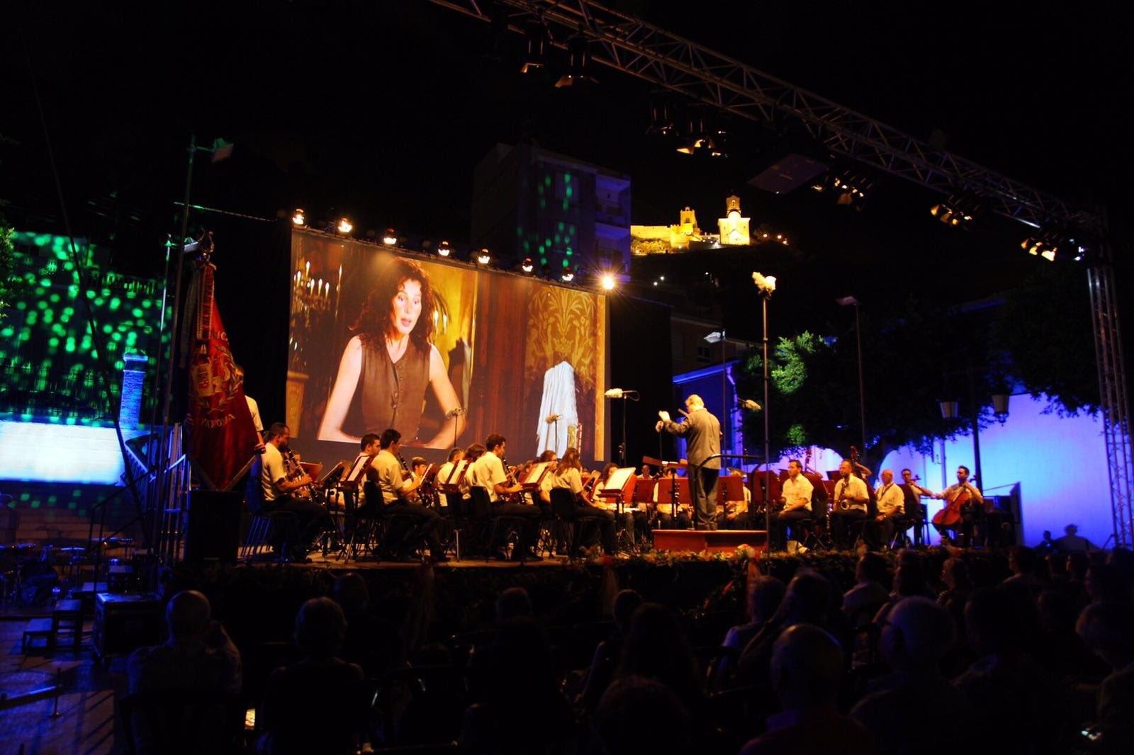 La banda sinfónica de La Unión Musical de Yátova se ha alzado con el primer premio en la octava edición del certamen de Cullera.