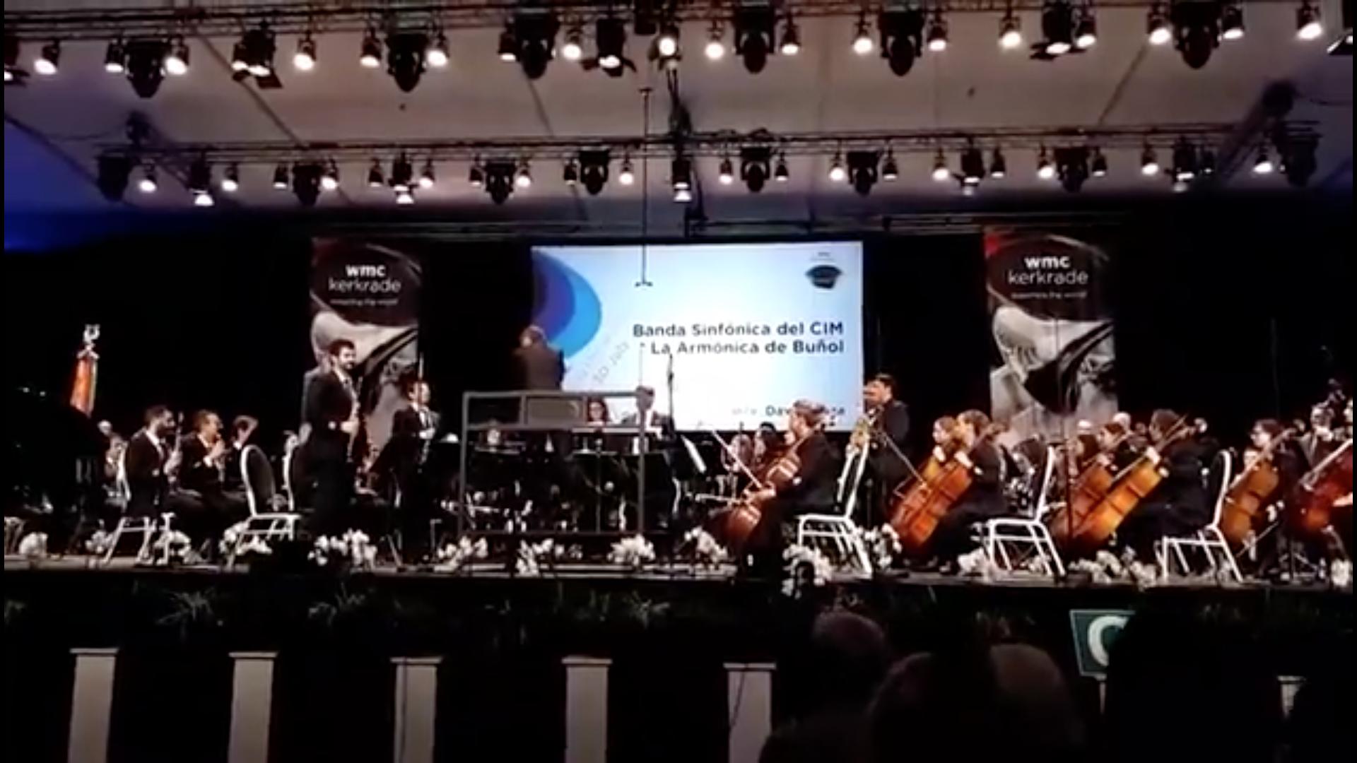 La Banda Sinfónica del CIM «La Armónica» de Buñol durante su actuación en el Certamen de Kerkrade de 2017.