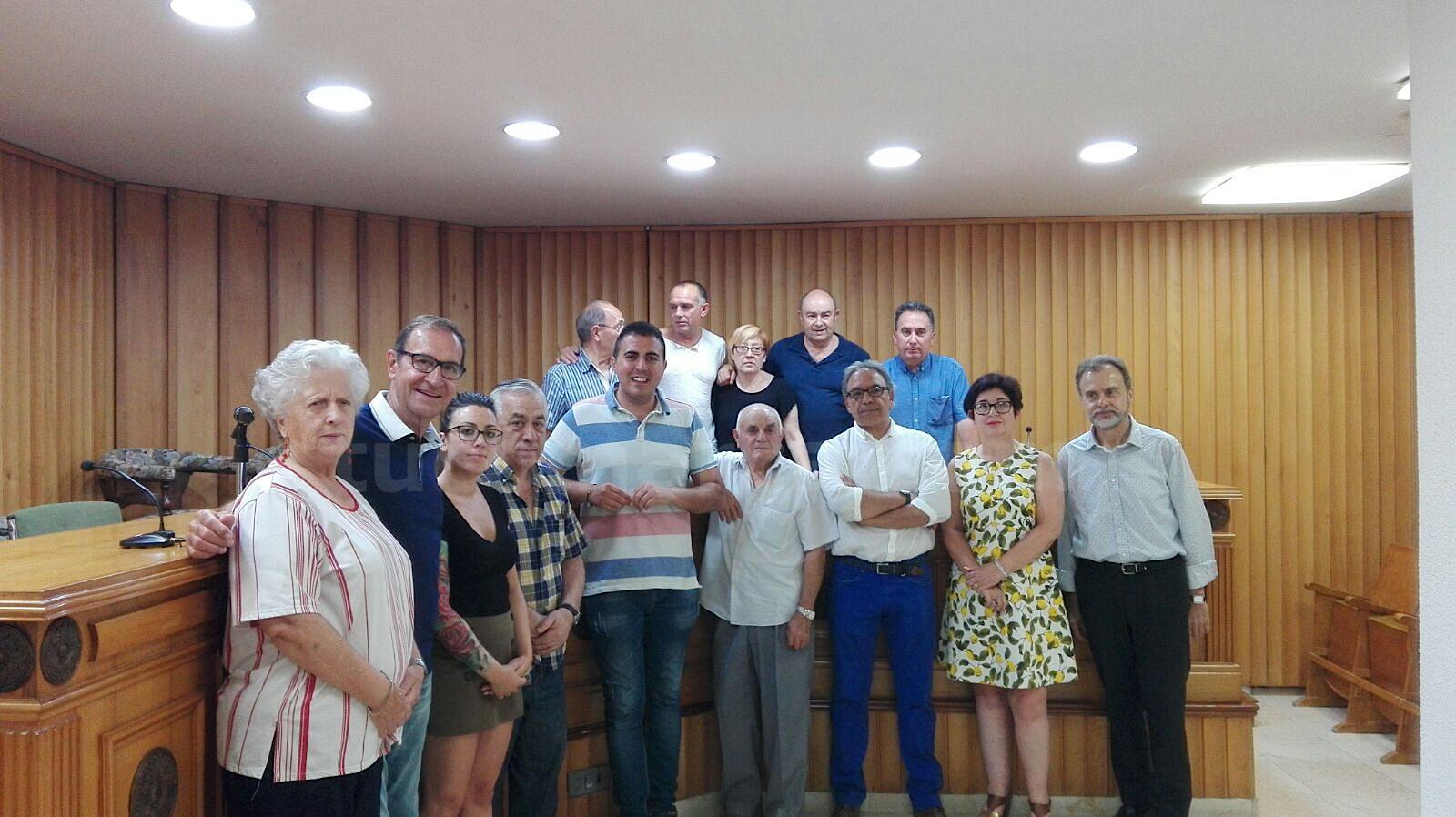 El salón de actos del Ayuntamiento de Buñol ha acogido el primer acto de apoyo a Ximo Puig en La Hoya.