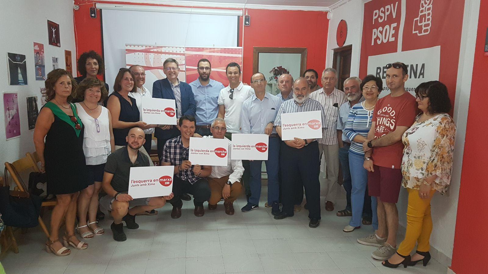 El precandidato a la secretaría general del PSPV-PSOE, Ximo Puig, ha visitado Requena donde se ha reunido con compañeros y compañeras.