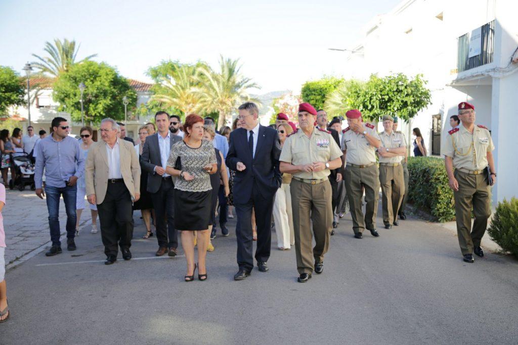 """El President también ha asistido al concierto de la Unidad de Música del Cuartel General Terrestre de Alta Disponibilidad y la Sociedad Musical """"La Marinense"""" en conmemoración del aniversario."""