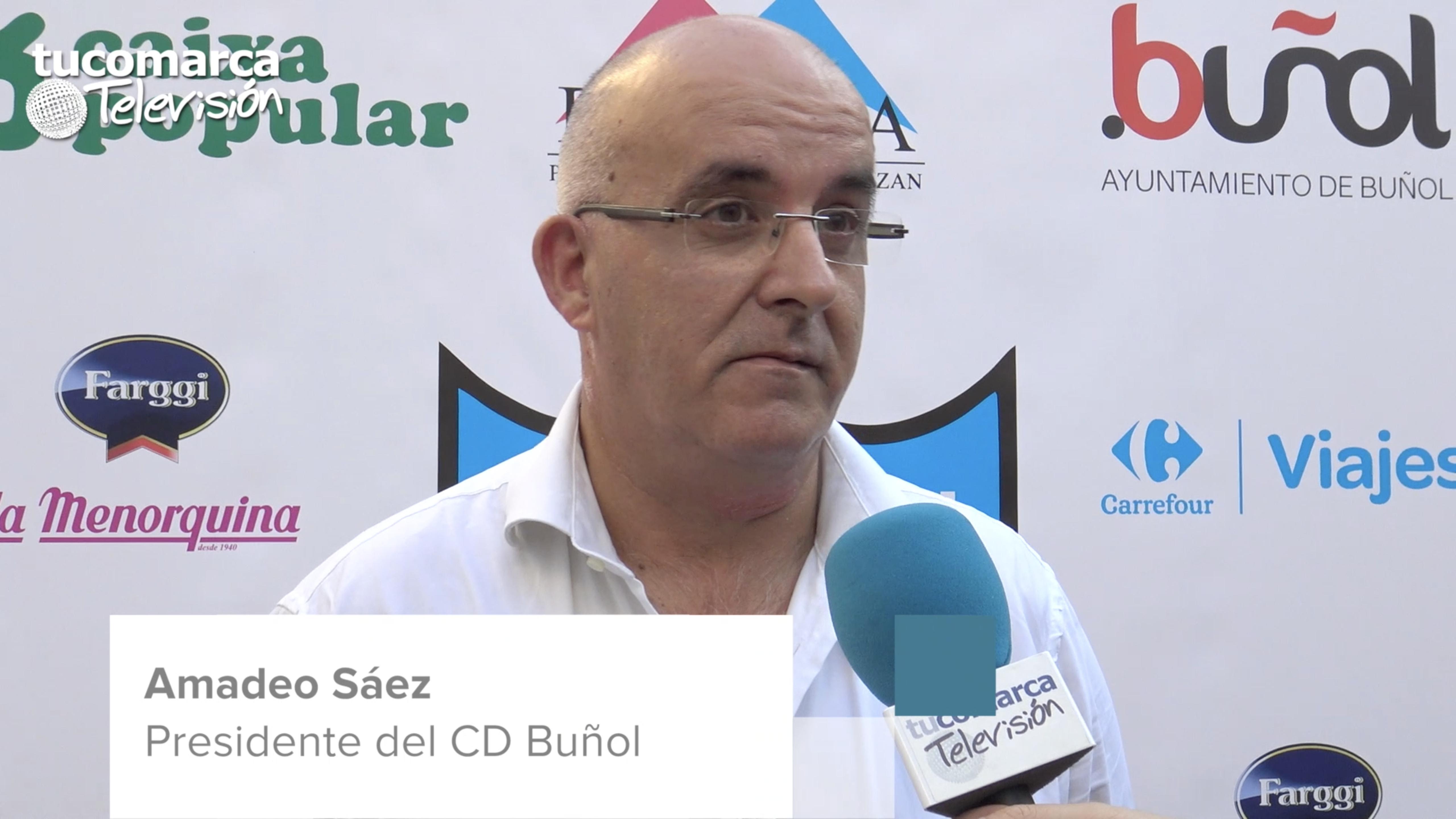 El presidente del Club Deportivo Buñol, Amadeo Sáez, durante la entrevista realizada en tucomarca televisión.