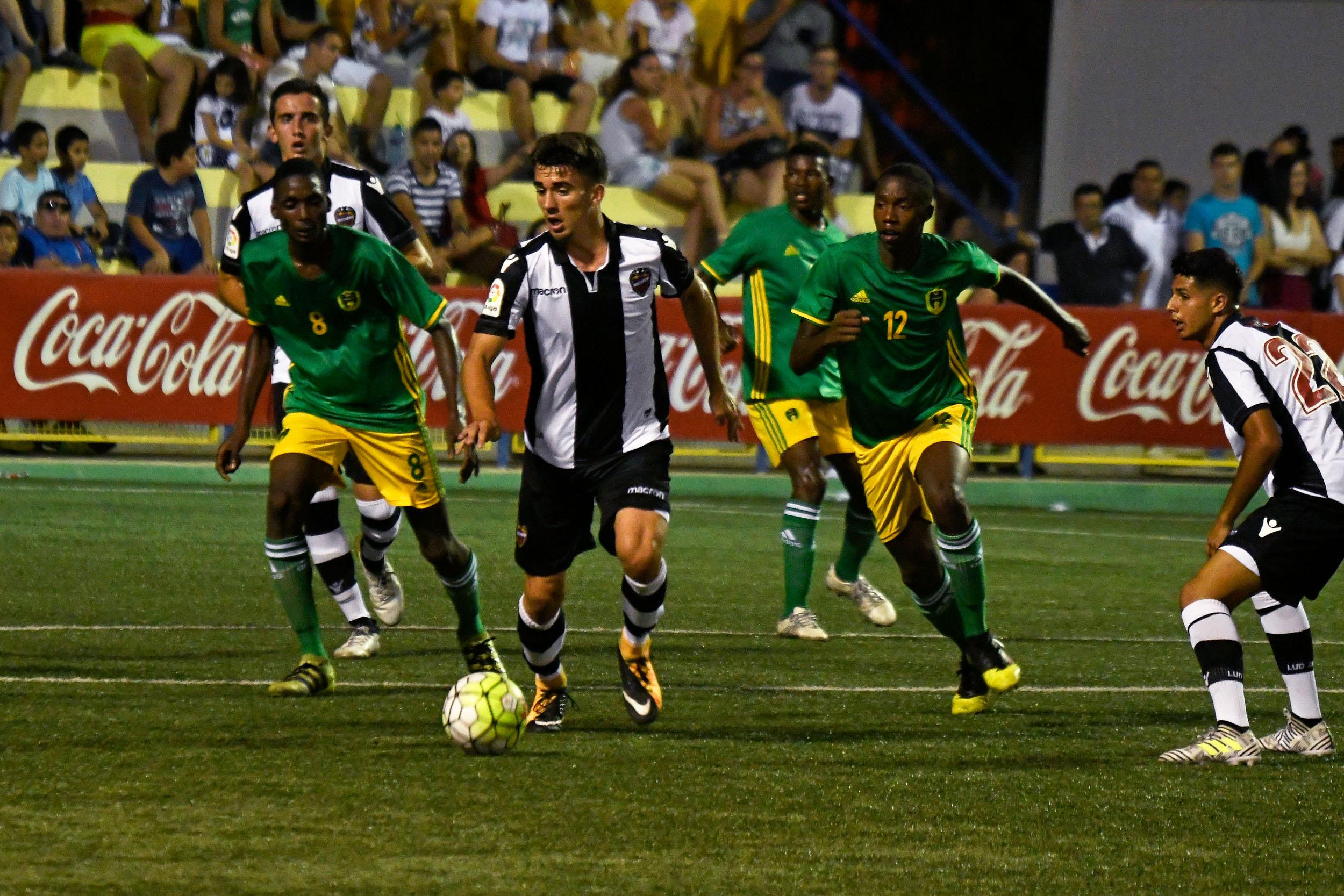 Empate sin goles en el debut de la XXXIV edición del COTIF entre la selección nacional de Mauritania y el Levante UD.