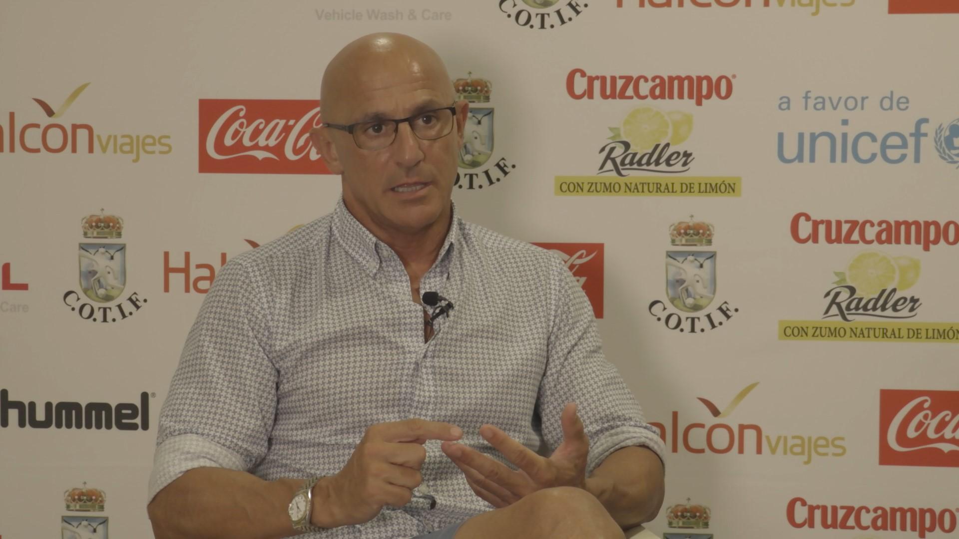 El actual seleccionador Sub-19, Luis de la Fuente.