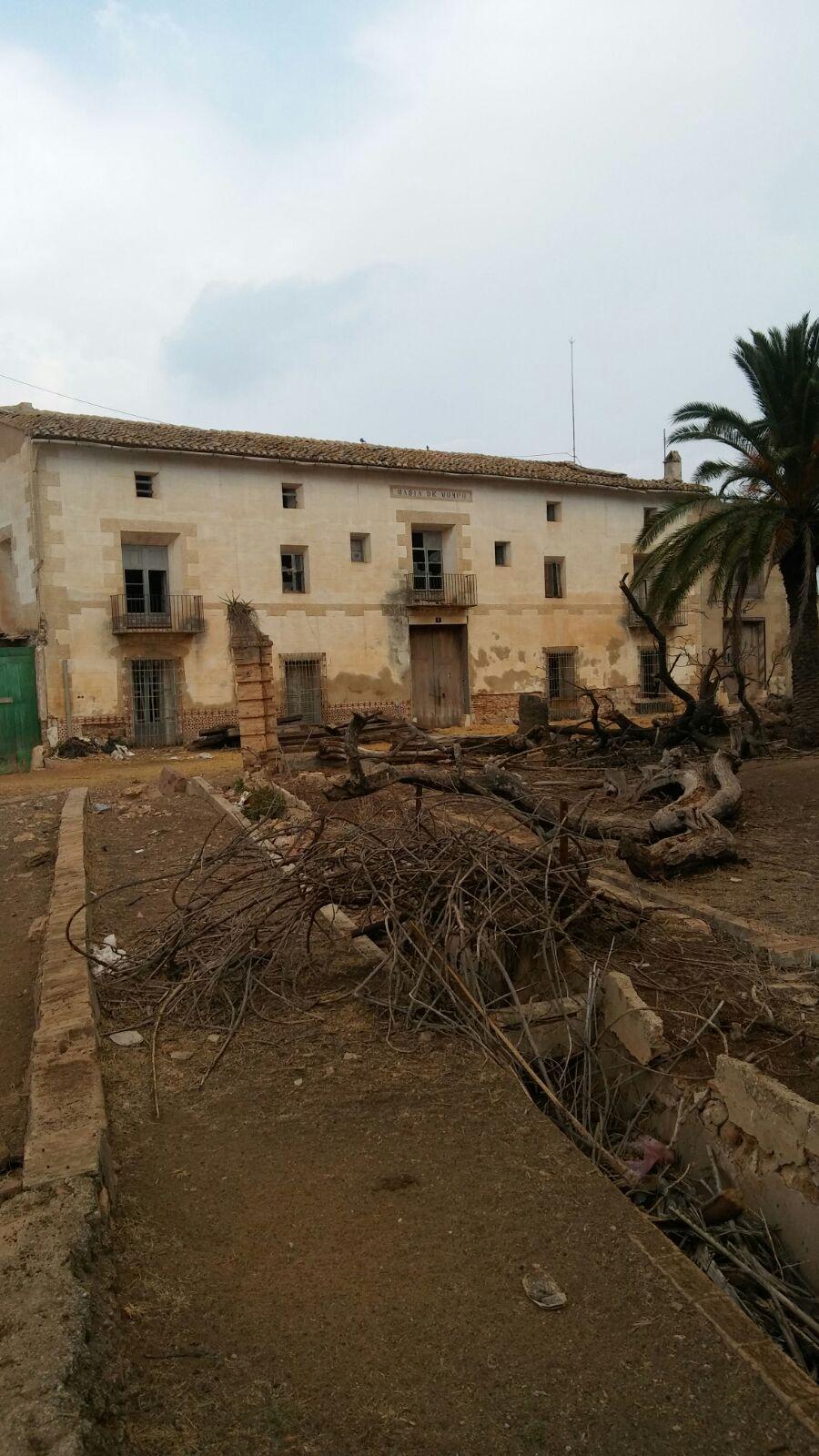 Riba-Roja protege como bien de relevancia local el Mas de Porxinos incluido en el Pai de Valencia para impedir su derribo y evitar la especulación urbanística.