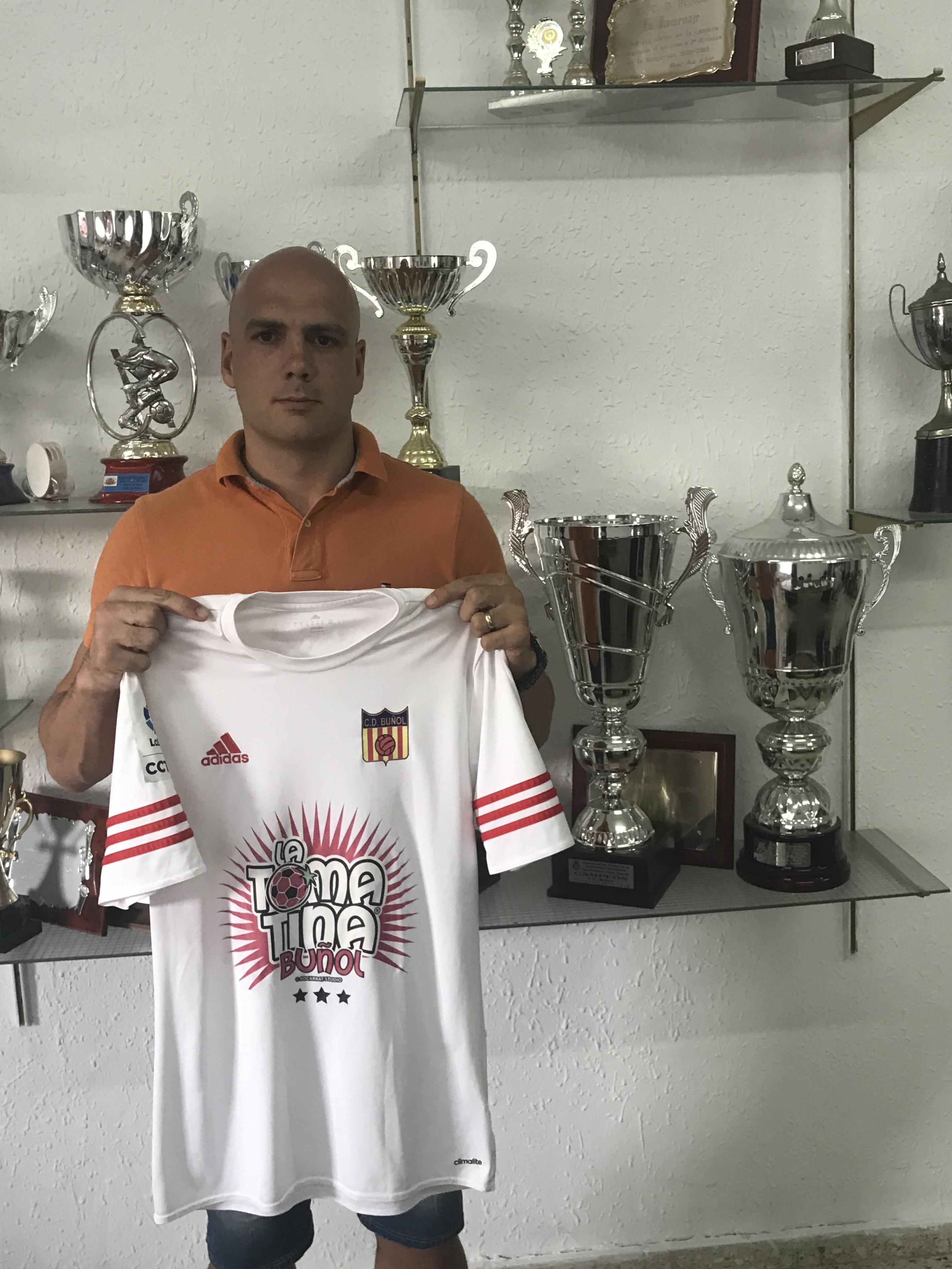 """Pablo Vidal: """"El proyecto del CD Buñol es el proyecto más atractivo que tenía""""."""