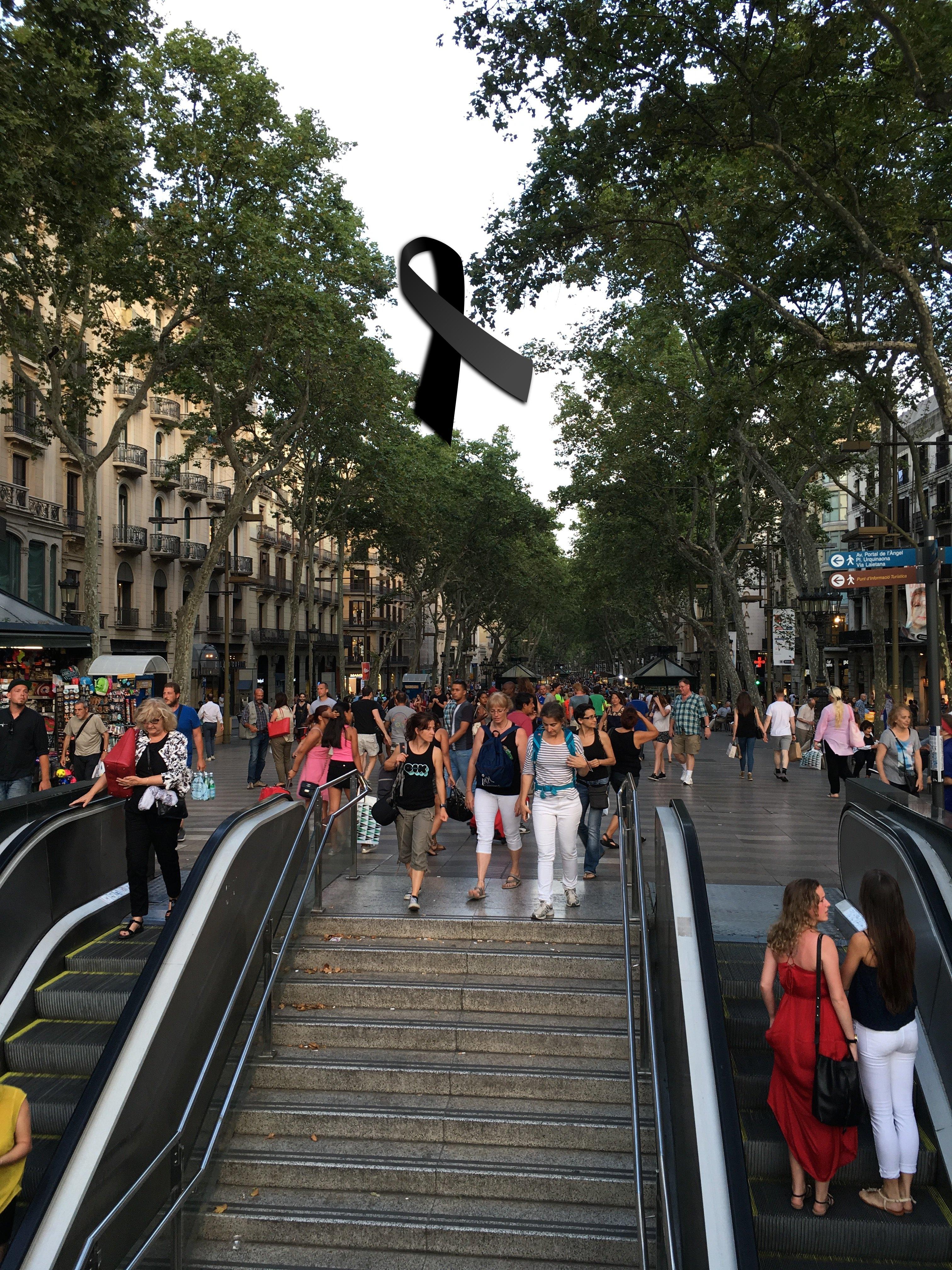 Toda nuestra solidaridad y #respeto con las víctimas y los familiares del atentado mediante atropello en Las #Ramblas de #Barcelona.