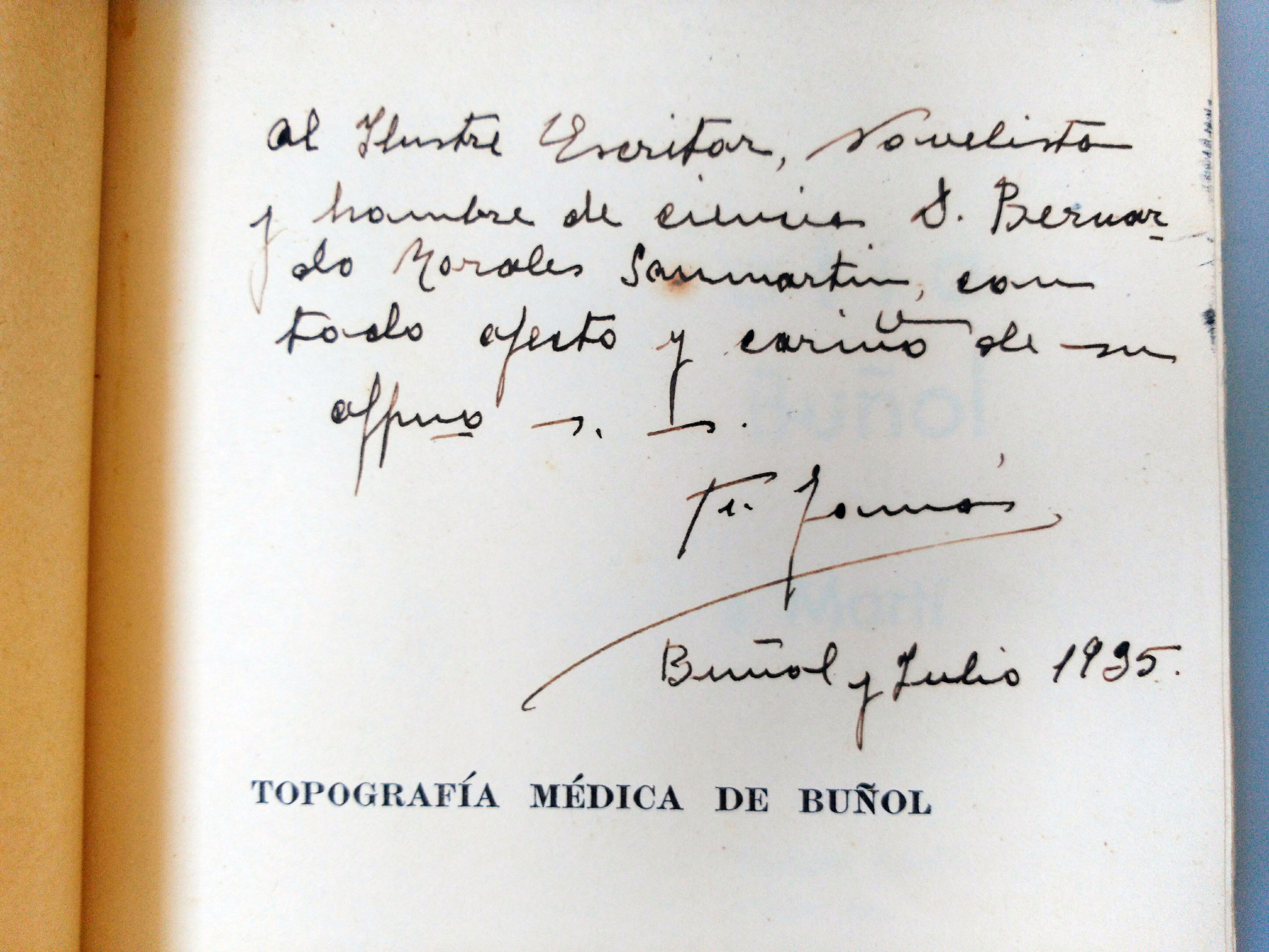 Anteportada de la Topografía Médica de Buñol (ed. 1935) dedicada por su autor, Facundo Tomás al escritor valenciano Bernardo Morales.