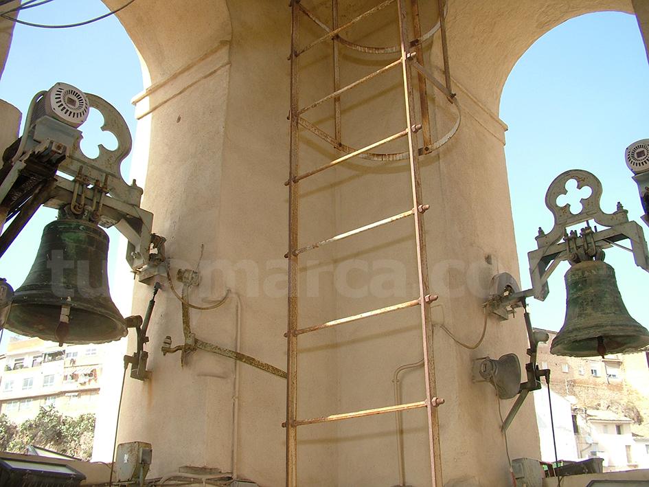 Una imagen del interior del campanario de la iglesia de San Pedro Apóstol de Buñol.